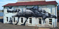 roa | cockatoo-island | australia (17 votes)