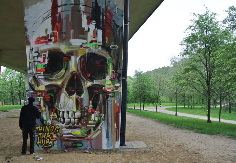 steve-locatelli | skull | bridge | bruxelles | belgium