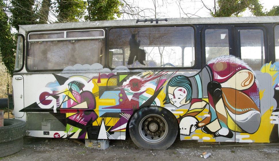grems | goddog | bus | france