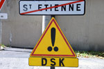 ladamenrouge | roadsign | stetienne | france (12 votes)