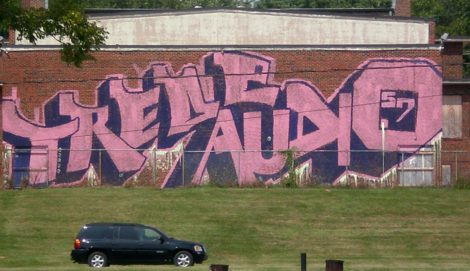 audio57 | trede | usa | pink | north-america