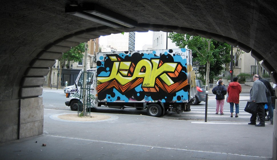 jeak | truck | paris