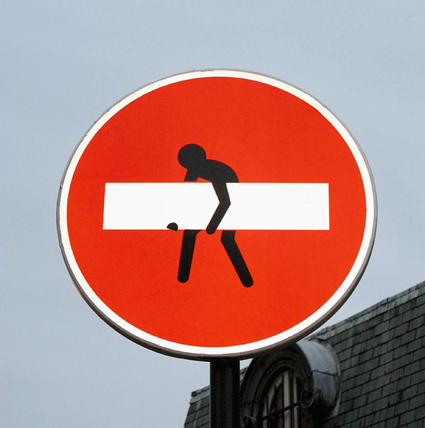 clet-abraham | red | roadsign | paris