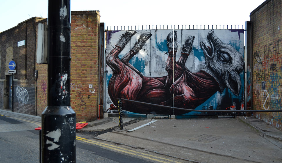 roa | pig | london | ukingdom