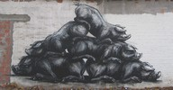 roa | pig | belgium (13 votes)