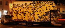 ipso | horfe | truck | night | paris (31 votes)
