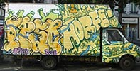 ipso | horfe | truck | yellow | paris (46 votes)