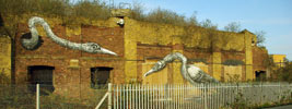 roa | london | bird | ukingdom (46 votes)